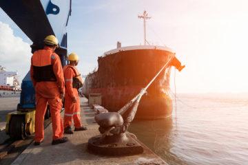 des-precisions-pour-les-entreprises-employant-des-dockers…